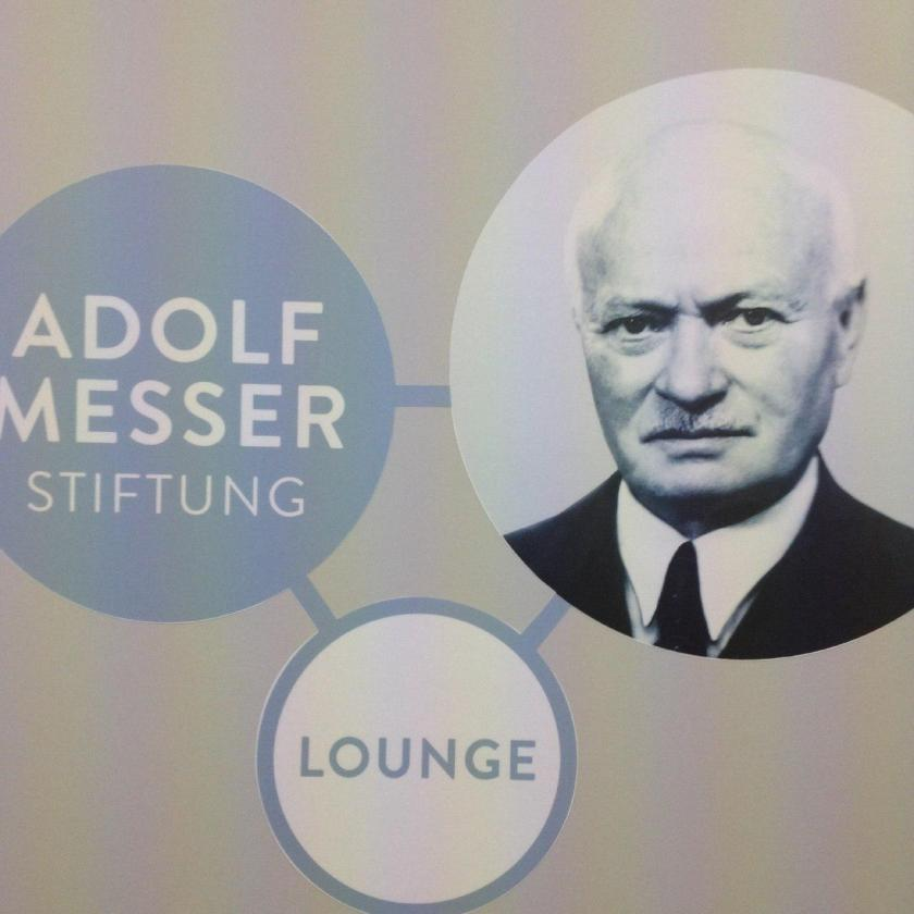 Tafel AMS-Lounge